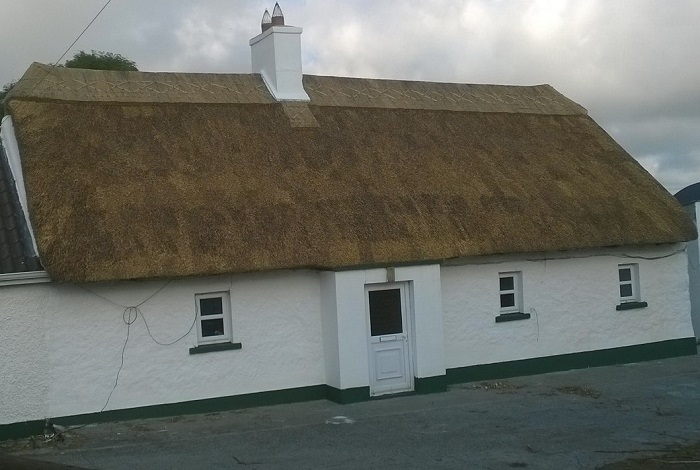 Traditional Thatched Cottages of Ireland