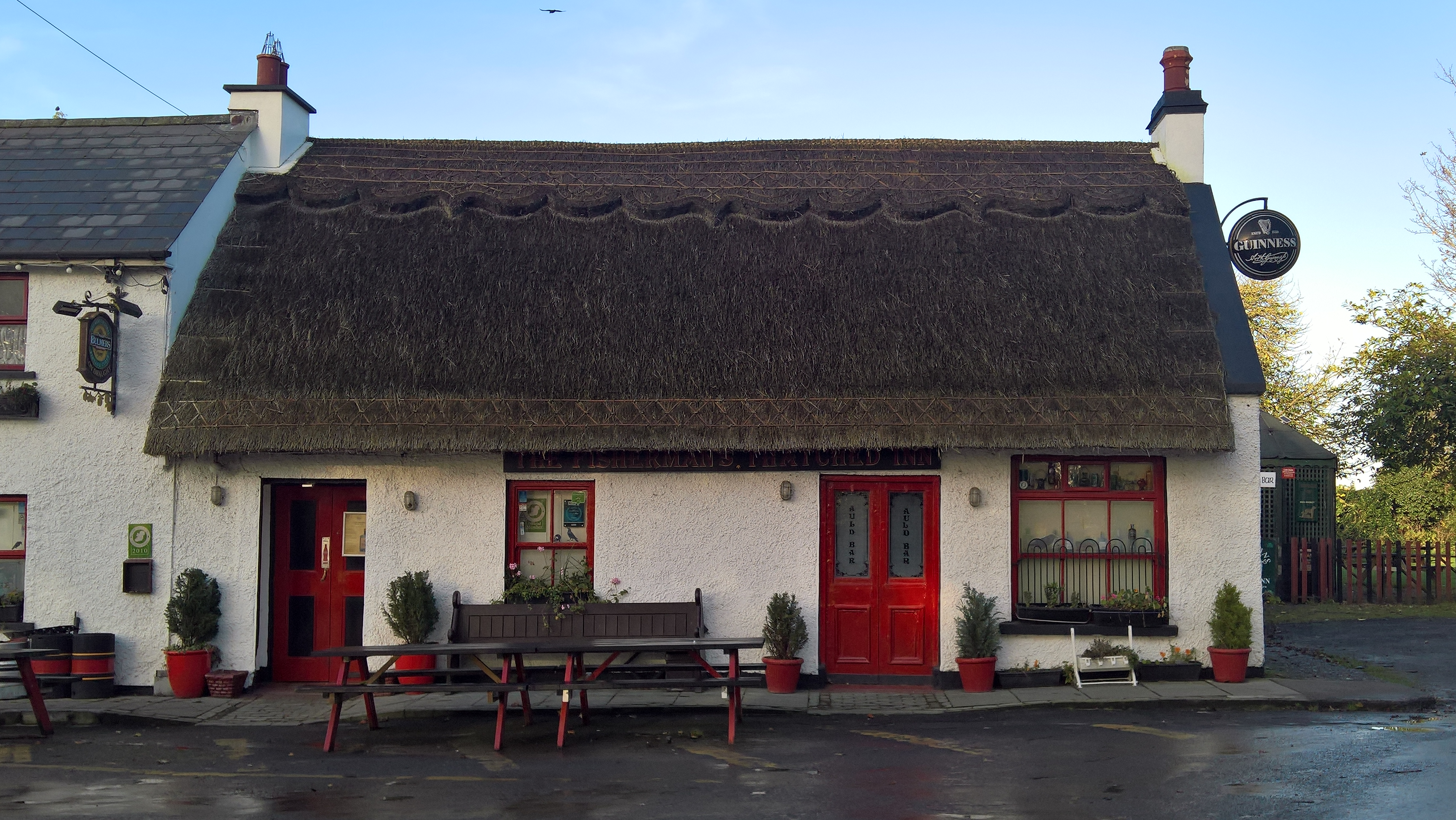 Thatchfinder.com Fisherman's Thatched Inn Laois