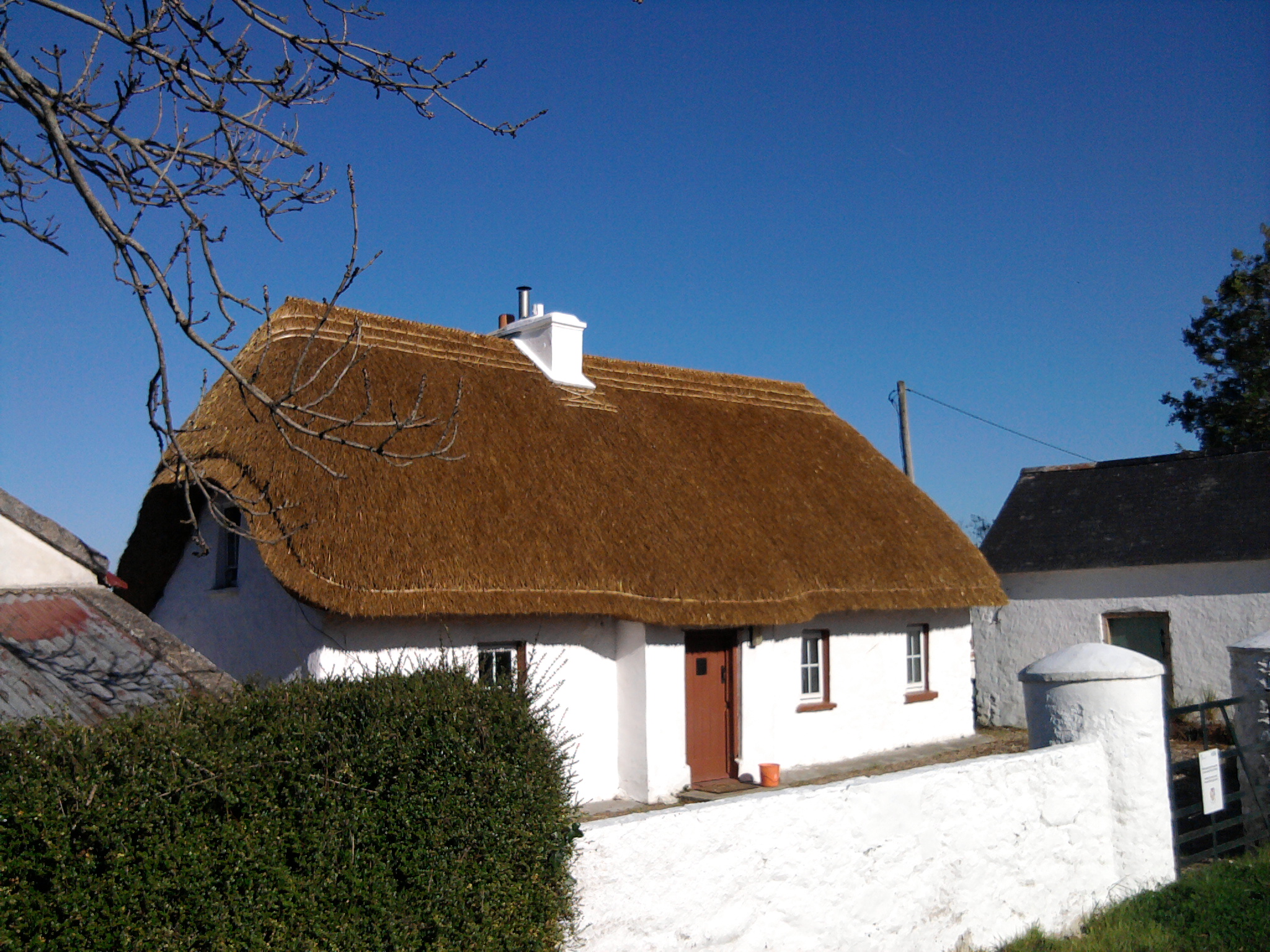 Wellington Bridge, Wexford. Traditional Irish Thatched Cottage.