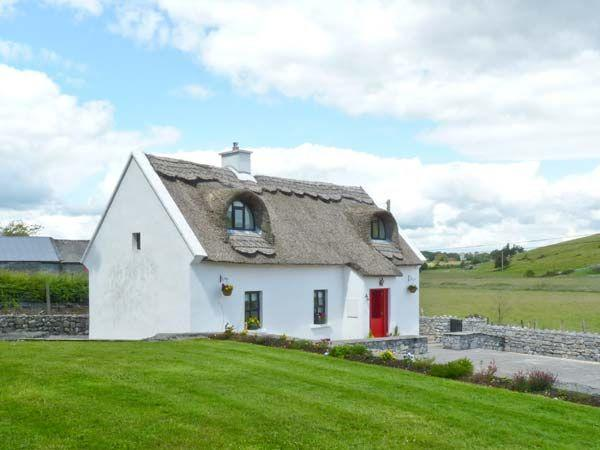 Ballyglass Thatched Self Vacation Cottage, Roscommon, Ireland