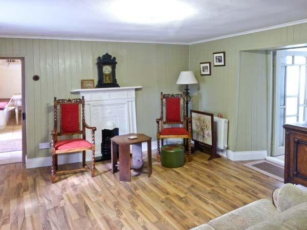 Callan Thatched Holiday Cottage Rental , Callan, County Kilkenny, Ireland