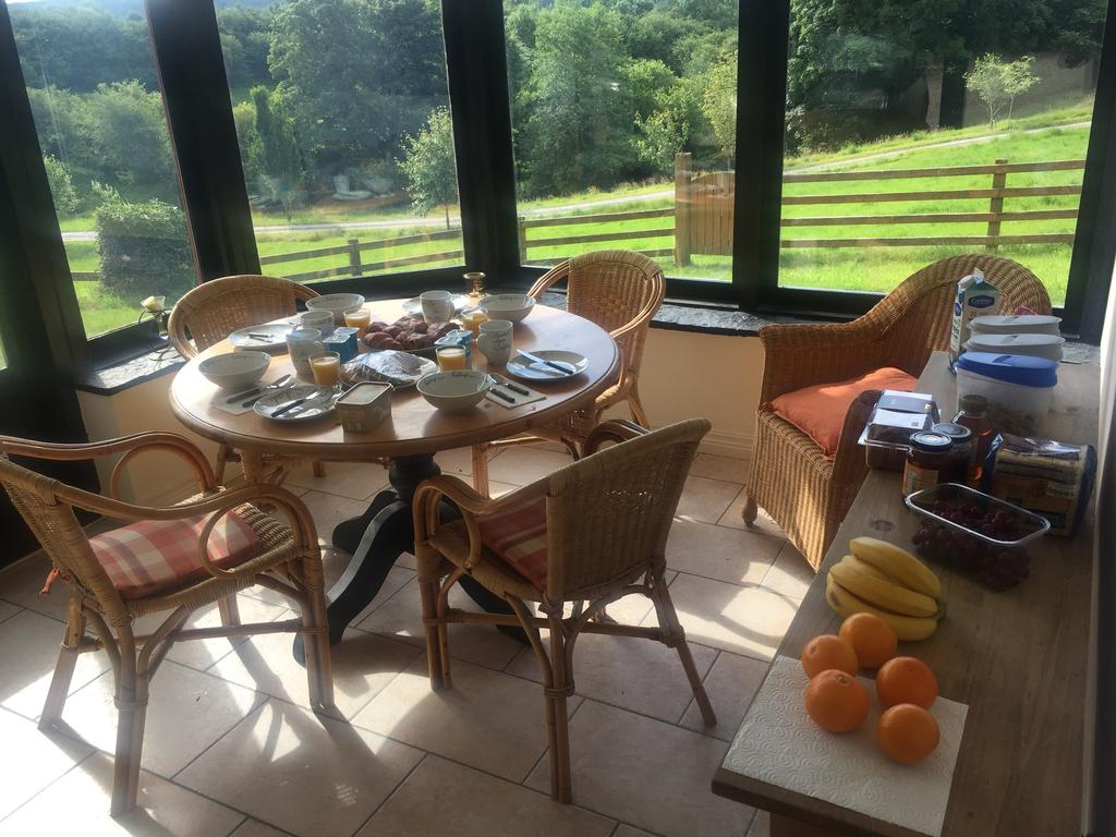 Danloes Thatched Cottage Bed and Breakfast Kenmare