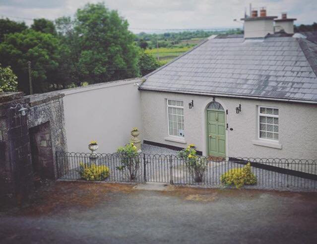 The Gate House – Vacation Cottage Rental – Daingean – Ireland