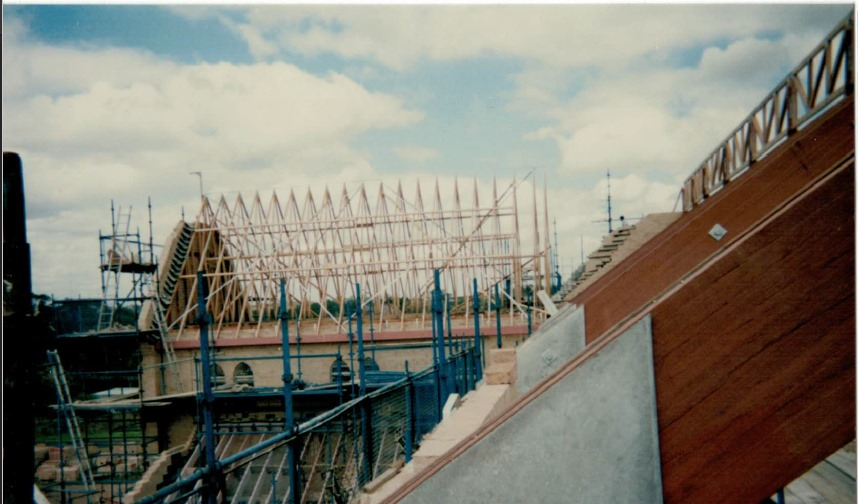 Timber Frames And Trusses.jpg