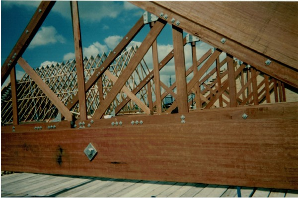 Timber Trusses And Frames.jpg