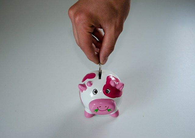 Save Money on Insurance - Piggy Bank