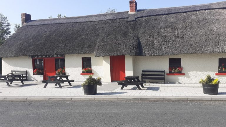 Thatched Pubs of Ireland - Images